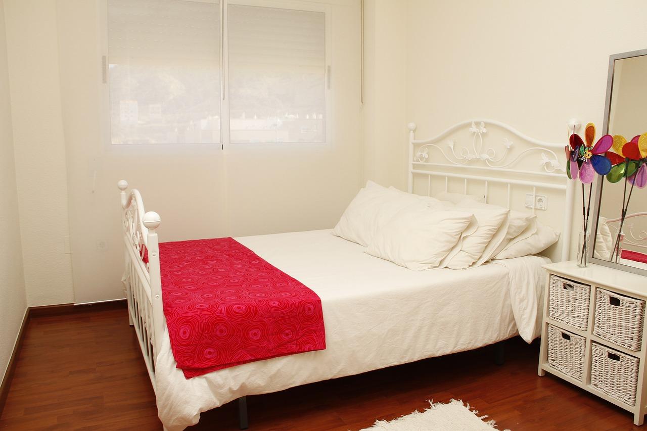 Master Bedroom Sypialnia Z Lazienka I Garderoba Nowoczesne